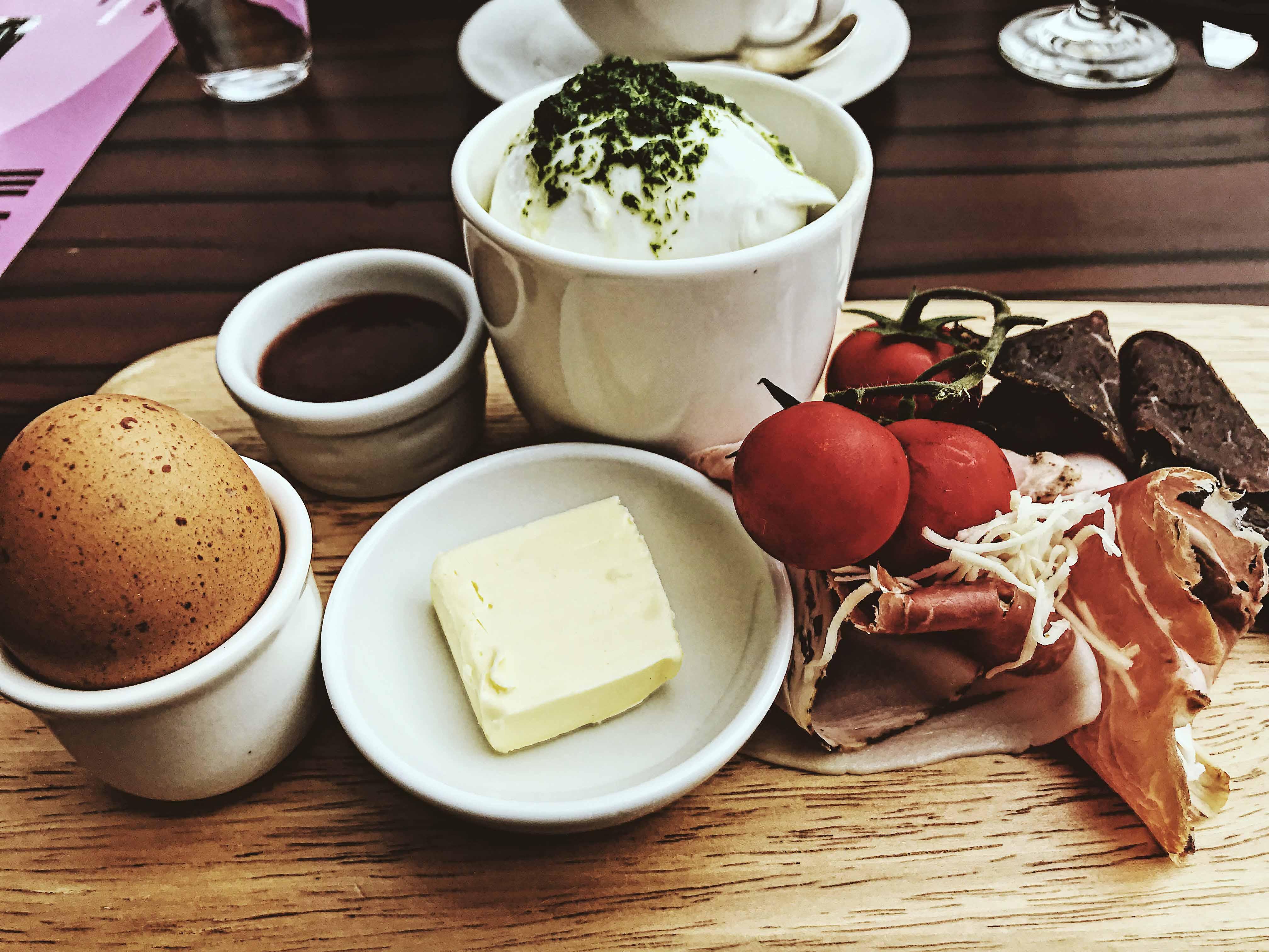 Breakfast at M32
